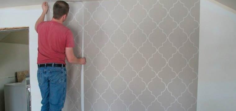 Как можно клеить обои на крашеные стены