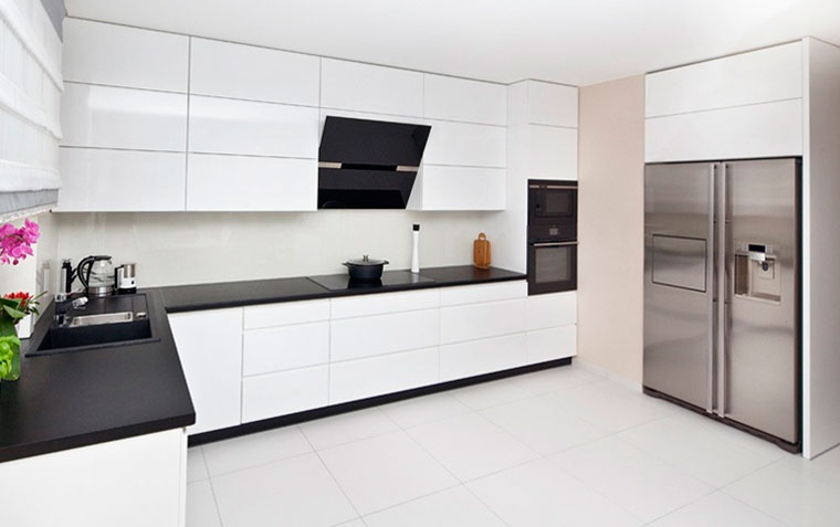 Расположение мебели на кухне – фото