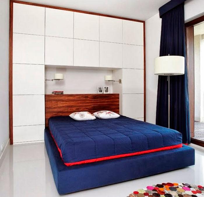 Встроенный шкаф над кроватью – фото