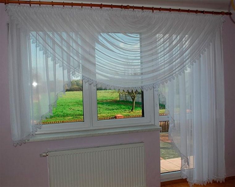 Занавески на кухню с балконной дверью