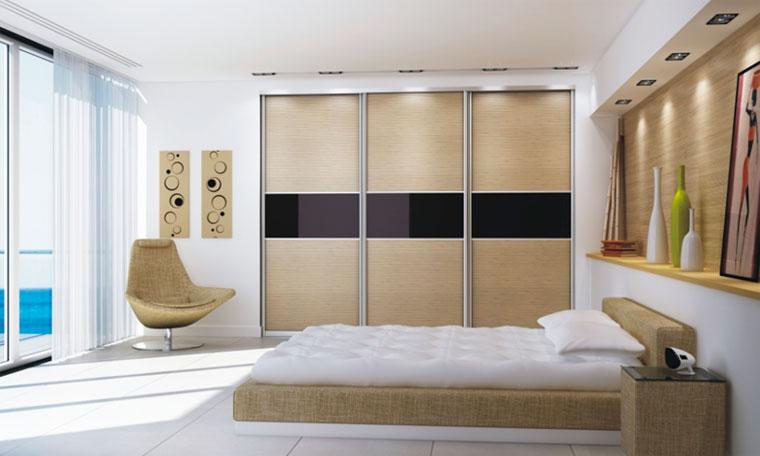 Спальня со встроенным шкафом купе – фото