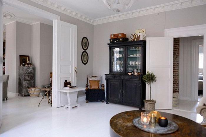 Белые двери, белые полы в комнате – практично или нецелесообразно