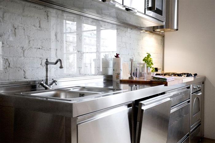 Кухонный фартук из кирпича – монтаж и правильная защита