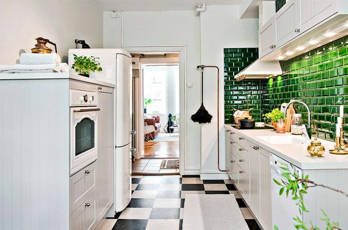 Плита кабанчик на фартук кухни в деревенском стиле