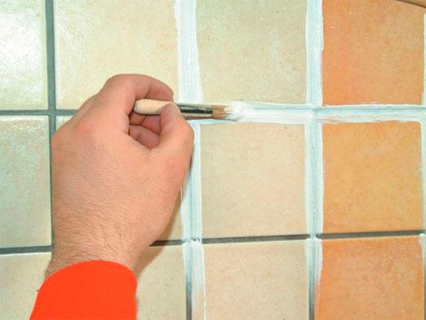 Как обновить швы между плиткой