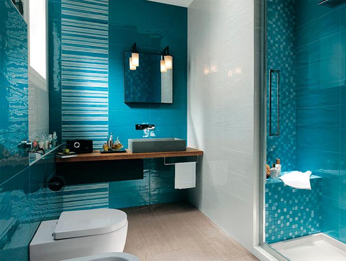 Интерьер в голубом стиле в ванной комнате