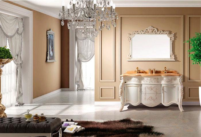 Классическое зеркало в ванную