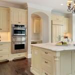 Гостиная-кухня в классическом стиле