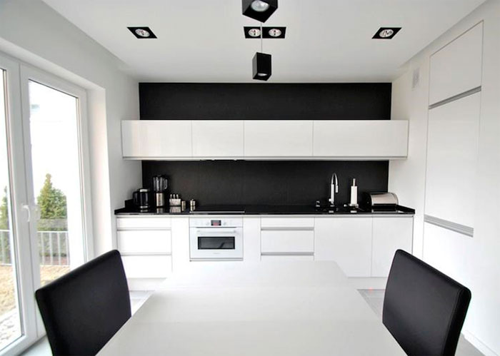 Бело-черная или черная кухня какие обои
