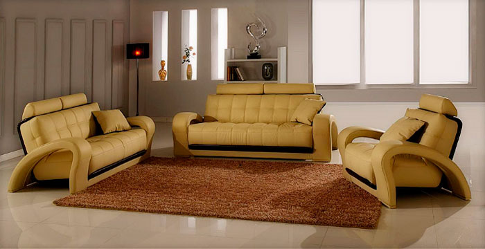Ковер в гостиную на пол из керамической плитки в зонах возле кресел и диванов