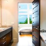 Какие двери для ванной лучше, размер двери в ванную комнату