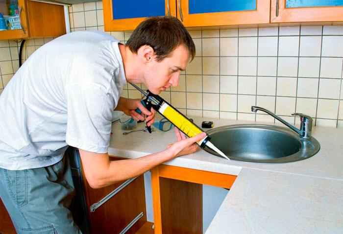 Санитарный силиконовый герметик для ванной и кухни