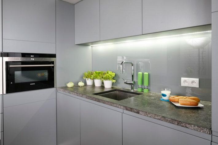 Дизайн кухни с диваном, интерьер, угловой, раскладной
