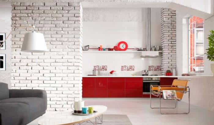 Фото. Кухня гостиная в стиле лофт с кирпичом в отделке стен