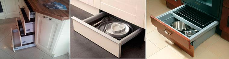 Выдвижной ящик в цоколе кухни и под духовкой