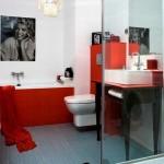 Для небольших ванных комнат подходит только небольшая плитка?