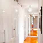 Встравиваемые подвесные светильники в прихожей