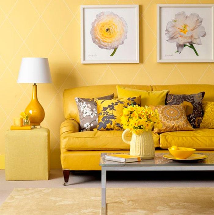Светло жёлтые обои в интерьере фото