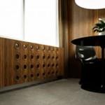 Деревянный защитный экран для радиаторов отопления