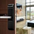 Электронный замок на входную дверь – биометрический, с чип-ключами, картой