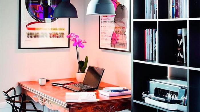 Интерьер кабинета в доме