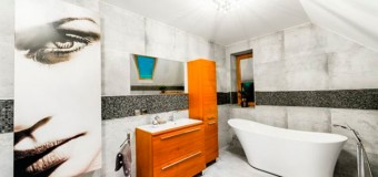 Потолок в ванной комнате – какой выбрать?