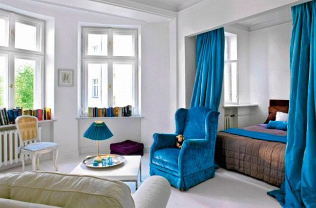 Кровать за занавеской или шторами, идеи для балдахина