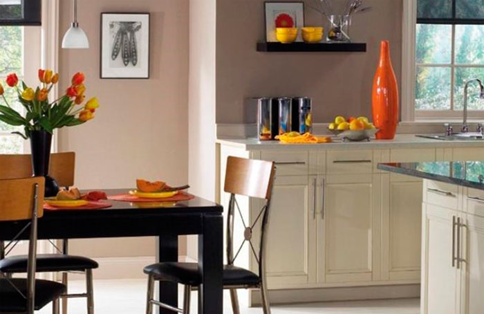 Универсальные цвета стен в кухне