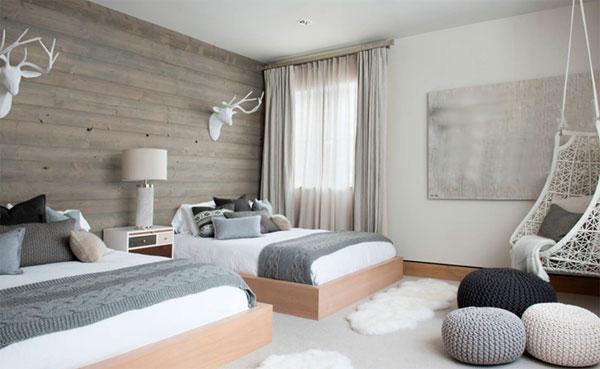 Белое подвесное кресло для квартиры из ротанга