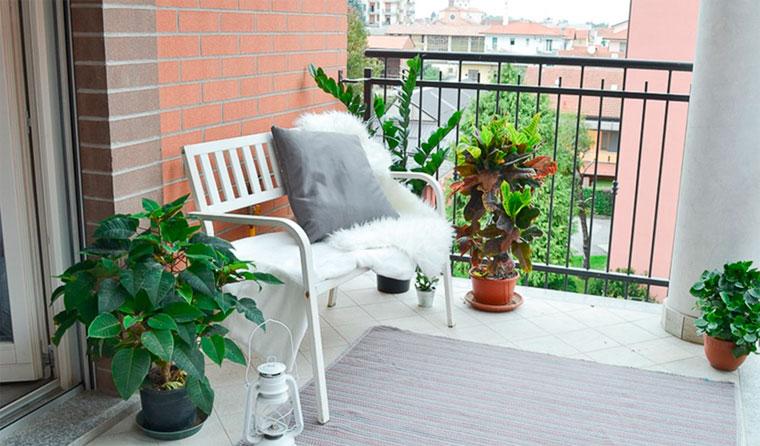 Из чего сделать пол на балконе.