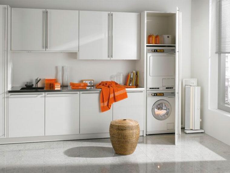 Высокий шкаф для стиральной машины и сушилки