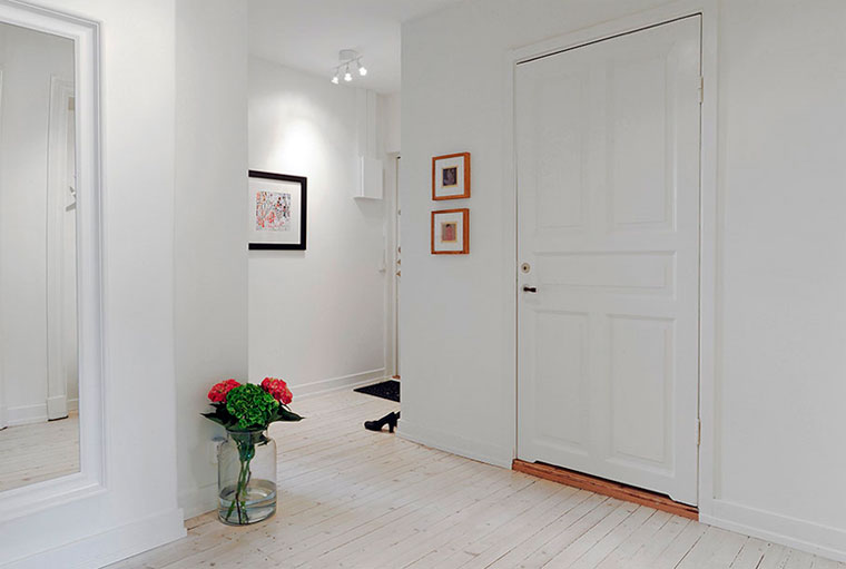 Белые двери – какой пол?