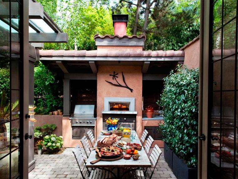 Дизайн летней кухни в частном доме – фото