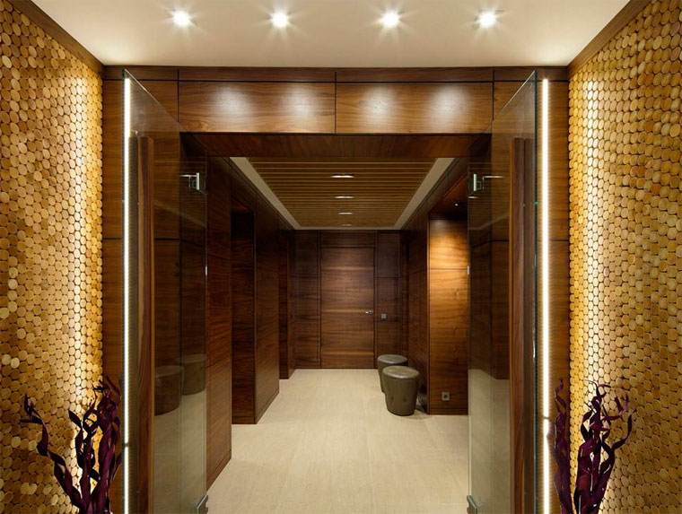 Стены в прихожей – варианты отделки
