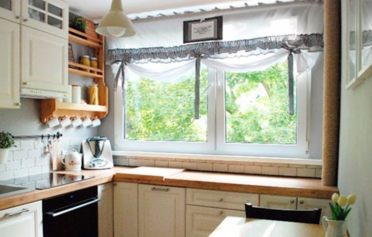 Glam Austrian blinds