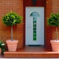 Входные утепленные двери для загородного дома