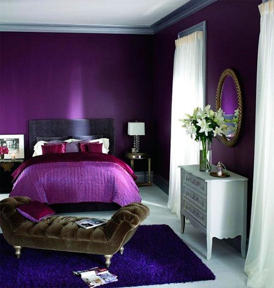 Гламурная спальня в фиолетовом цвете, дизайн – фото