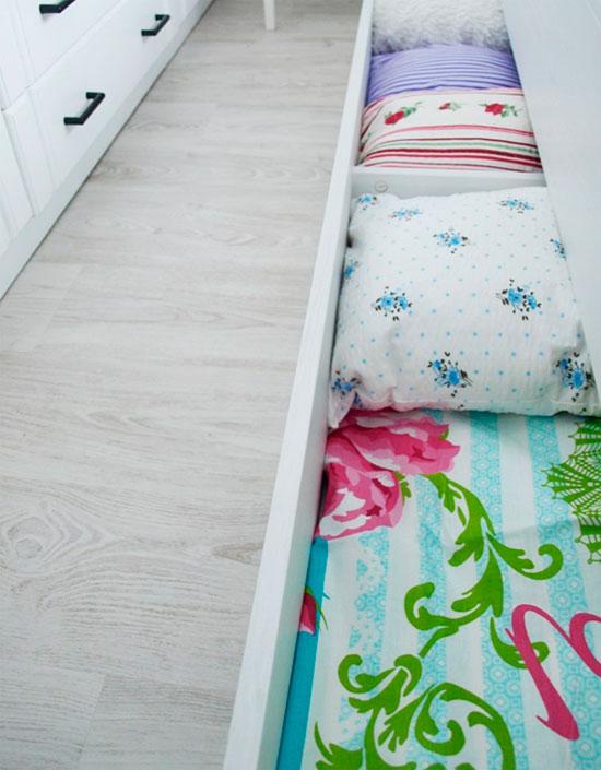 выдвижные ящики под кроватью