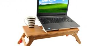 Маленький столик для ноутбука