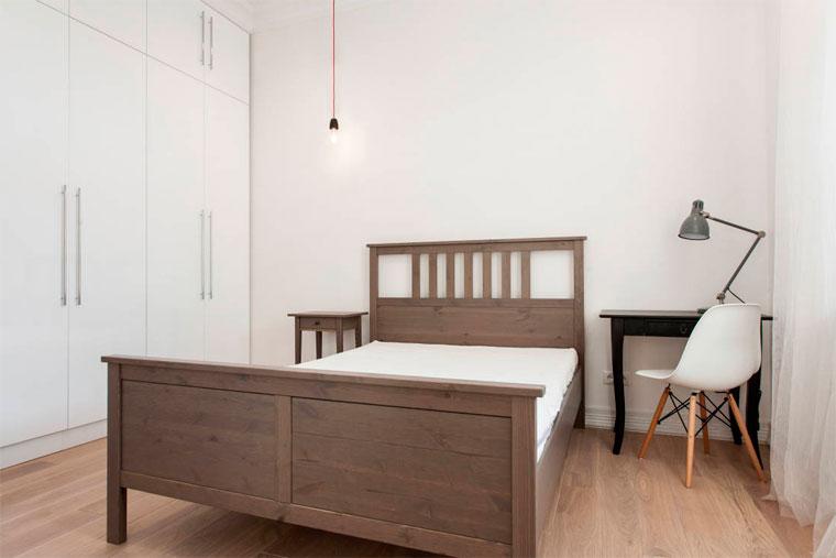 Как расставить мебель в прямоугольной спальне, фото