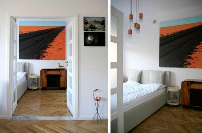 Кровать у стены или окна
