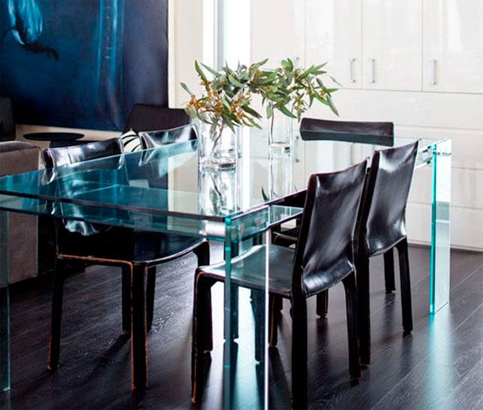 Оригинальные стеклянные столы для кухни