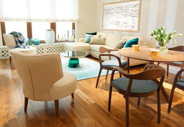 Бежевый интерьер в светлых тонах со светлой мебелью, фото