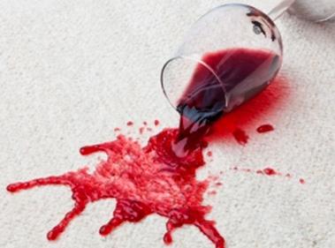 Как удалить пятна вина