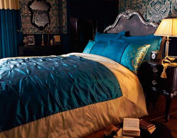 Темные обои в интерьере спальни