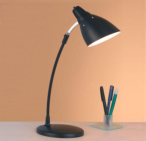 Настольная лампа для рабочего стола в детскую для школьника