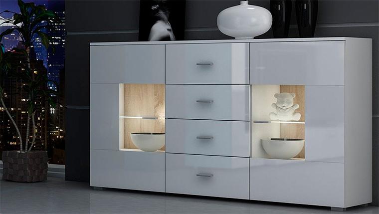 Шкаф-витрина для посуды со стеклом в современном стиле