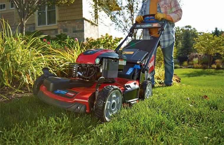 Как выбрать газонокосилку бензиновую?