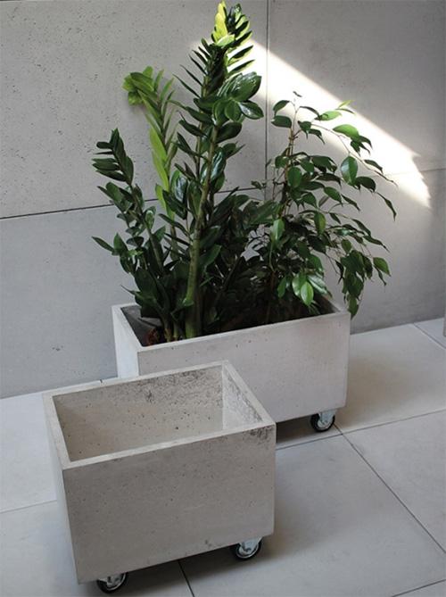 Вазоны бетонные для цветов