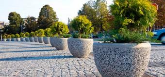 Вазоны бетонные для цветов уличные